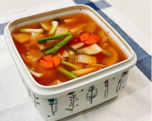 Nabak-kimchi (Kim chi thái)