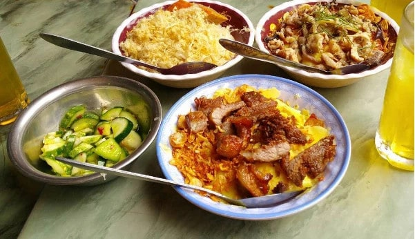 Xôi Lộc – Quán ăn đêm Hà Nội nổi tiếng